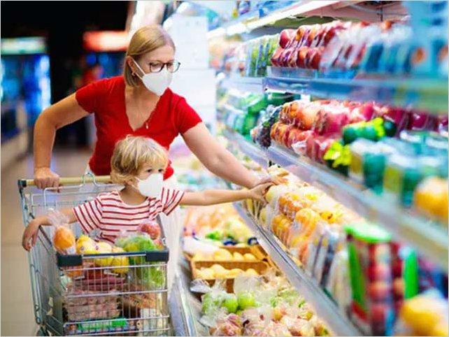 ¿Se puede transmitir la covid-19 a través de los alimentos?