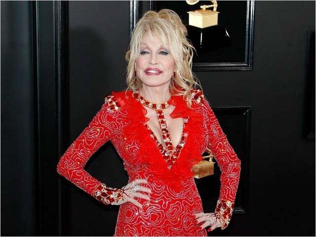 Dolly Parton financió la vacuna de Moderna contra el coronavirus