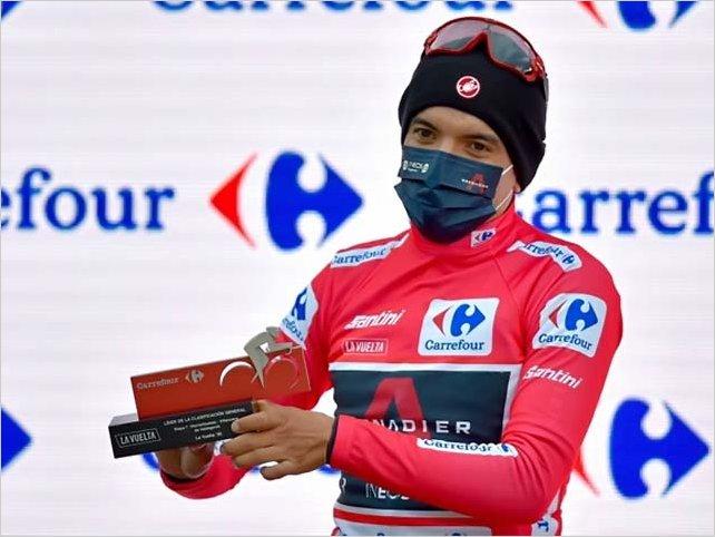 Richard Carapaz mantiene el liderato de la Vuelta a España en la etapa 7