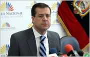 Asamble�sta ecuatoriano denuncian en NTN24 gastos exagerados en contrato de Rafael Correa por publicidad