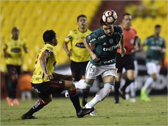 Barcelona SC venció 1-0 a Palmeiras por la Copa Libertadores con gol de Jonatan Álvez