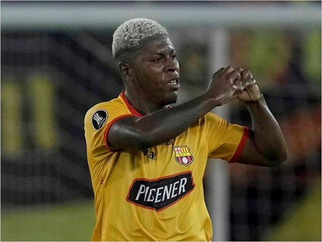 Barcelona SC remontó la serie ante Vélez Sarsfield y avanzó a cuartos de final de la Copa Libertadores