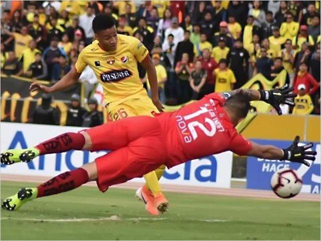 Barcelona Sporting Club cayó 2-1 ante Universidad Católica en Quito