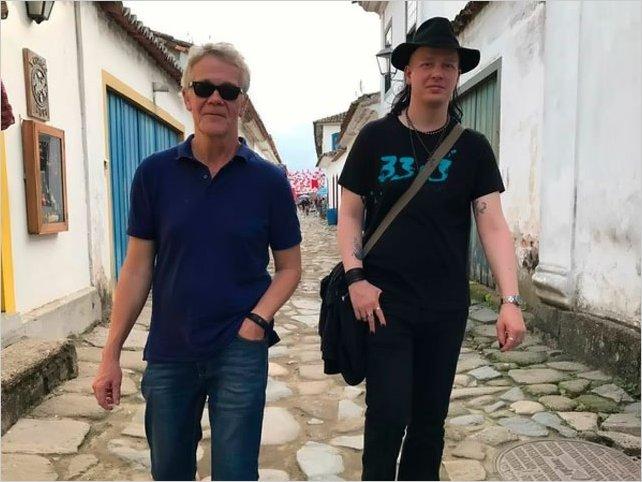Críticas a Ecuador por detener a un amigo de Assange
