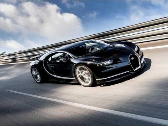 El Bugatti Chiron podría alcanzar los 500 kilómetros por hora, pero no existen ruedas que soporten esa velocidad