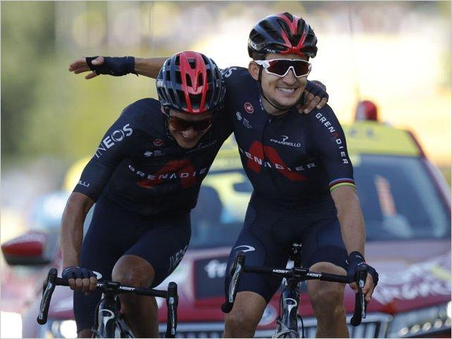 Richard Carapaz con el premio de la montaña, el ecuatoriano protagonizó la etapa 18 del Tour de Francia 2020