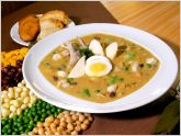 La fanesca es una sopa espesa t�pica de la cocina ecuatoriana, que se sirve en  Semana Santa