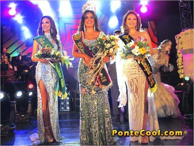 Laura Palacios fue elegida como la nueva Reina de Ambato 2020
