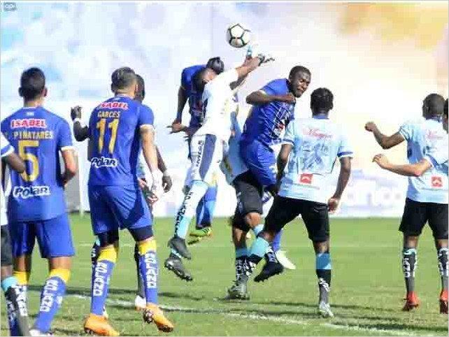 Delfín y Macará empatan a 1 en el estadio  el Jocay de Manta