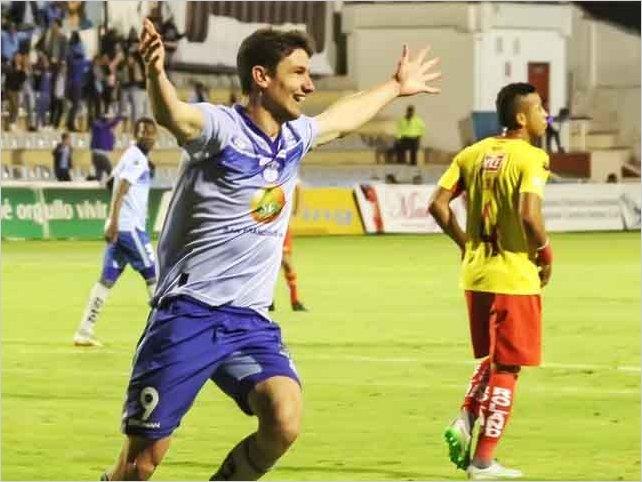 Macará golea al Aucas en el estadio Bellavista de Ambato