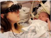 C�mo consiguen las gafas eSight que esta madre vea por primera vez a su hijo reci�n nacido?