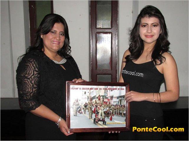 PonteCool.com entregó un reconocimiento a la Banda de Gala de la Unidad Educativa Bolívar