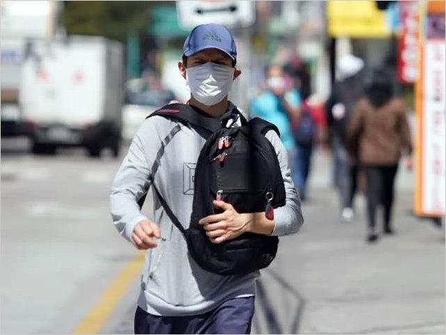 Repunte de contagios de COVID en Quito alerta a las autoridades