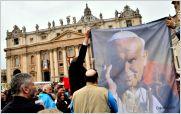 El Papa Francisco proclam� santos a Juan XXIII y Juan Pablo II