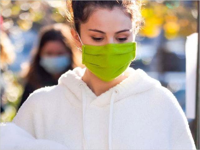 Selena Gómez continúa su guerra contra Facebook