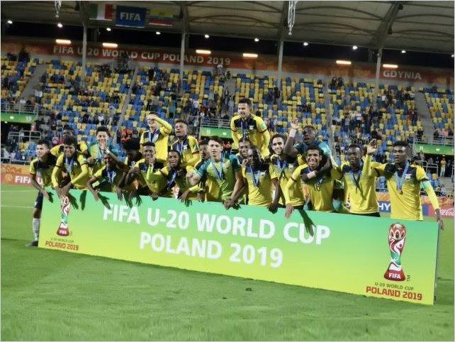 Ecuador por primera vez en su historia tercero en un torneo de la FIFA